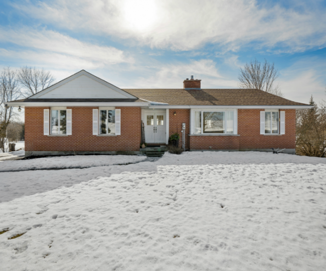 1214 Blessington Road, Corbyville
