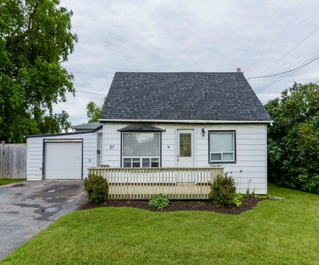 27 North Murray Street, Quinte West