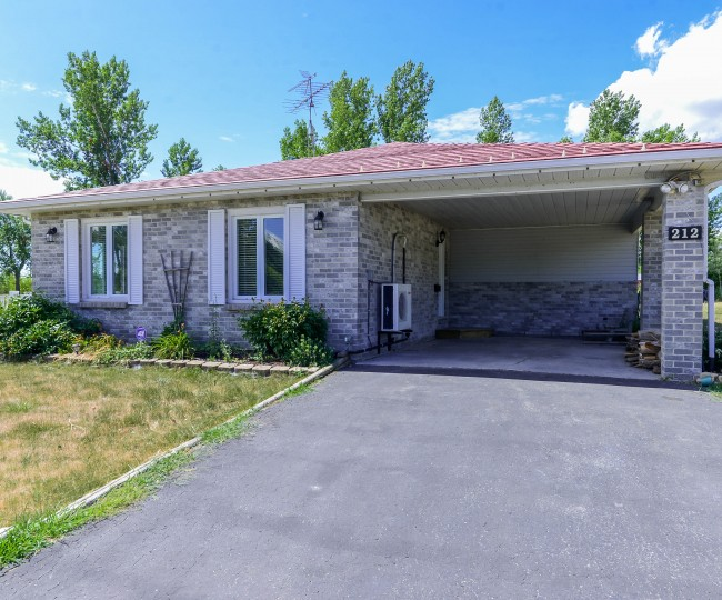Another Sold by Laura-Lynn.